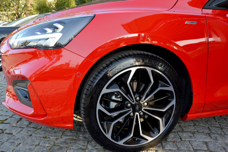 Ford Focus 1.0 EcoBoost MHEV ST-Line