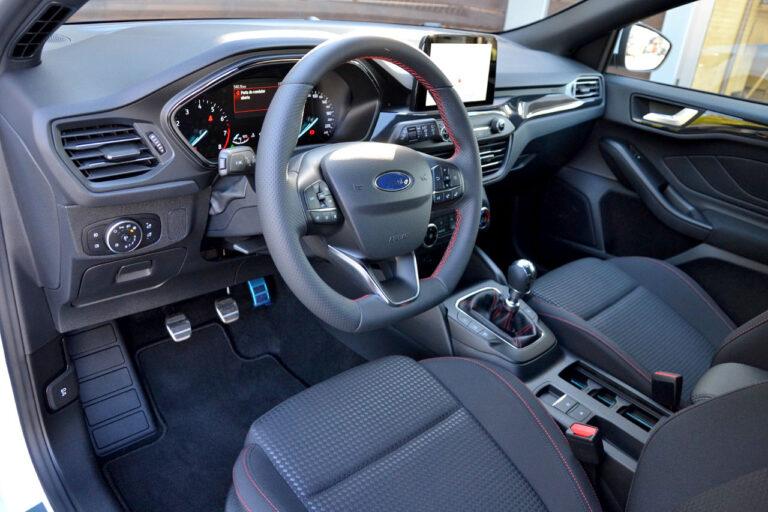 Ford Focus SW 1.0 EcoBoost ST Line
