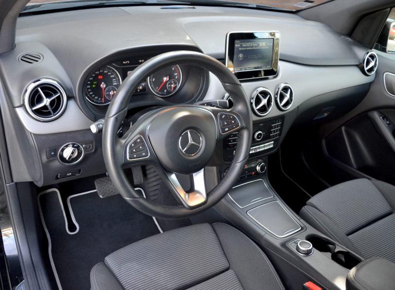 Mercedes-Benz B 180 D Urban Aut